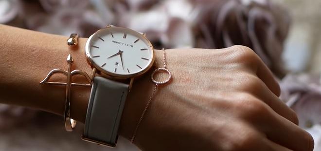 A jedny elegantní hodinky pro ženy, které jsou super do společnosti