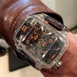 Avantgardní tvar hodinek jde často do extrémů
