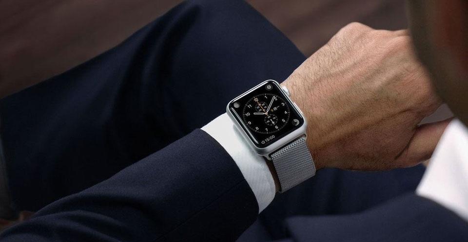 6 tipů a pravidel jak správně nosit hodinky – musíte je znát