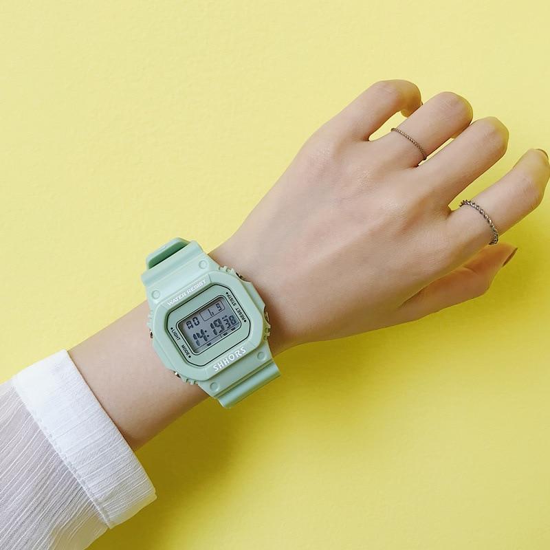 Digitální zelené dámské hodinky