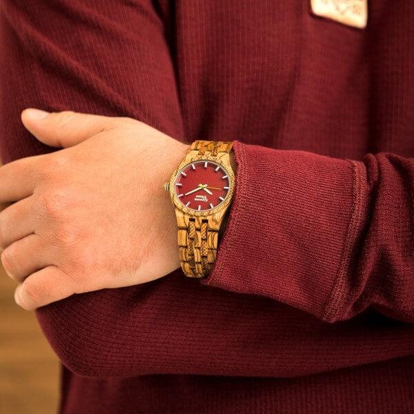Pánské červené hodinky s košilí