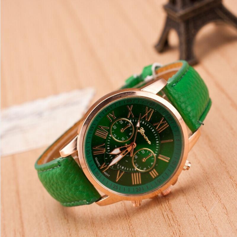 Zelené hodinky se zeleným řemínkem